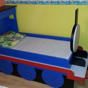 Krevet po meri 10