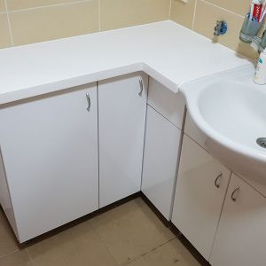 Ormarić za kupatilo po meri 11